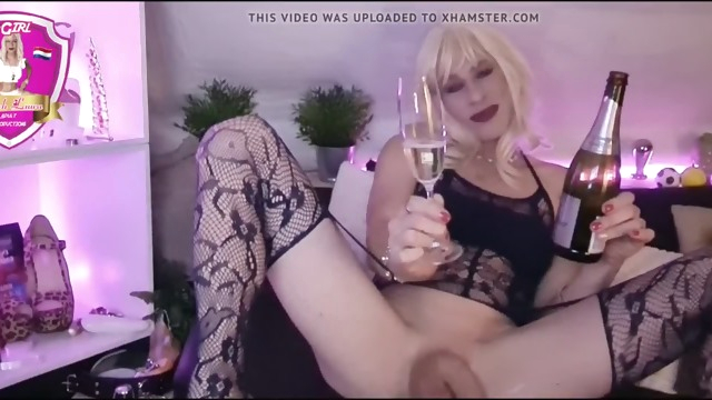 Happy new Year xxx.. ass fucking tights horny shemale